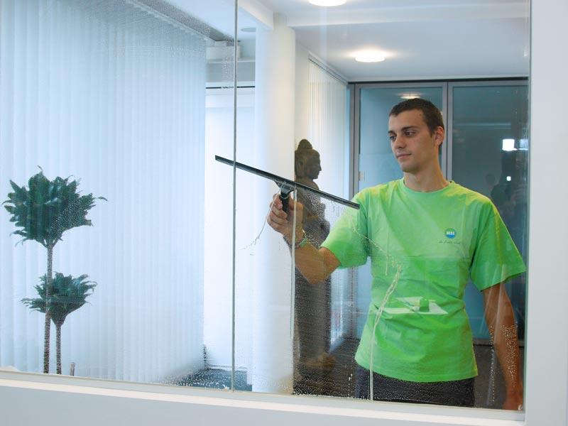 Fensterreinigung Glas innen